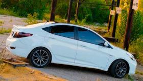 Фото Hyundai, Solaris, Tuning, белый, седан, диски